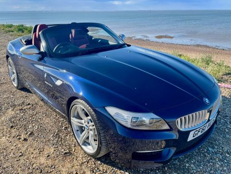 £19,982  BMW 35is sDrive 2dr DCT Rare 340 BHP Version Blue Low Mileage
