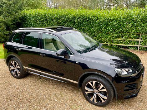 £19,982 VW Touareg 3.0 V6 TDI 245 R-Line 5dr Tip Auto, Leather, Panoramic Sunroof