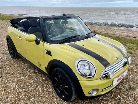 £4,982Mini 1.6 Cooper 2dr Convertible, 2010, Yellow, FSH, Cheap Tax, HFS
