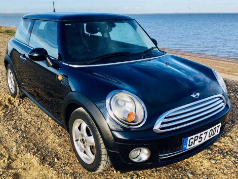 £3,892  Mini One 1.4 3dr FSH, Low Mileage, Air Con, Alloys