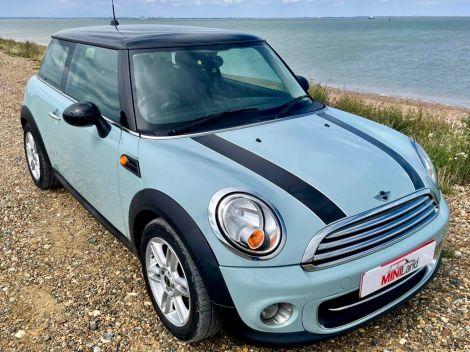 £5,982 Mini 1.6 Cooper [122] 3dr Chilli Pack FSH Ice Blue 2011