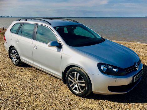 £5,972   VW Golf Estate SE DSG Automatic