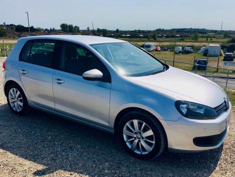 £7,472  VW Golf 1.6 TDi Match DSG Automatic