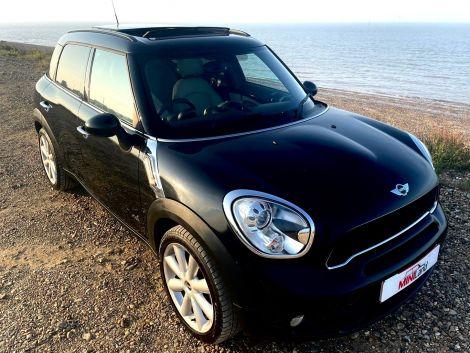 £8,982 Mini Countryman 2.0 Cooper S D ALL4 5dr Auto Sat Nav Sunroof Leather Black
