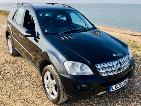 £6,972  Mercedes Benz M CLASS ML350 Sport Tip Auto with Sunroof and Sat Nav