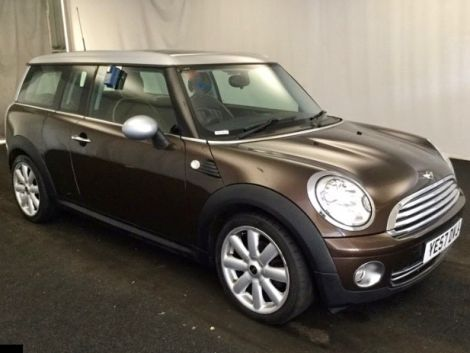 £5,482  Mini Cooper Clubman 1.6 Petrol with Lounge Leather and Panoramic Sunroof